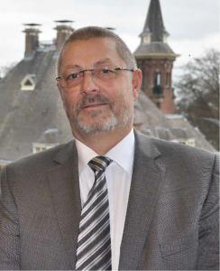 Ir. J.G. Beun is coördinator van BijnierNET en zelf bijnierpatiënt.