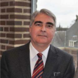 Prof. dr. A.R.M.M. Hermus